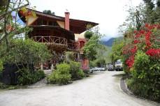 Hosteria Chamanapamba in Banos - schönes Camp mit prima Restaurant